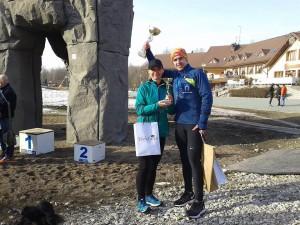 Artur Kamiński z Anetą Świderek po zwycięstwie w Trailu Kamieńsk